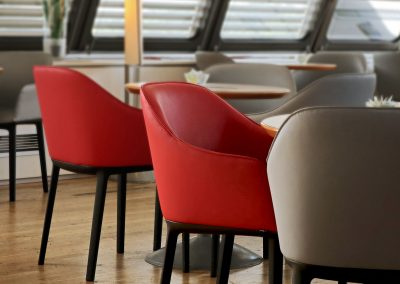 Priority Wings Lounge Tegel Seats